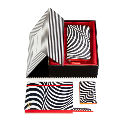 OPTICAL STRIPE GIFT BOX